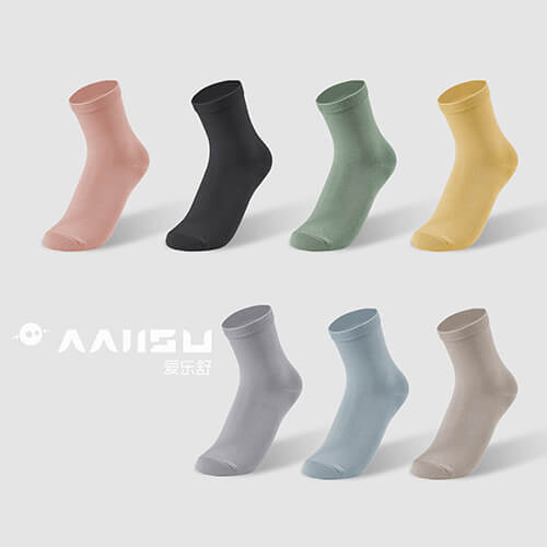 Antibacterial crew socks for women